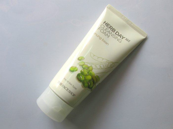 The Face Shop Herb Day 365 Cleansing Foam Mung Bean